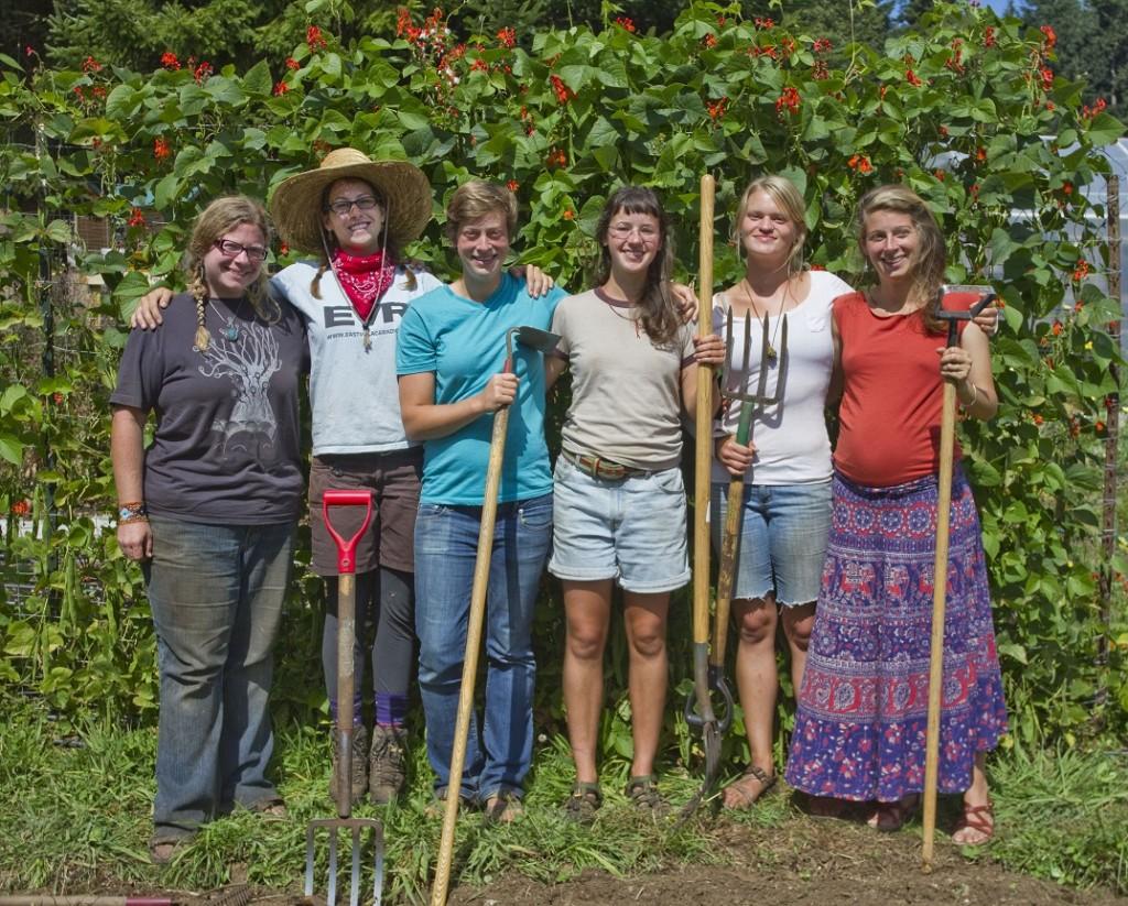 Doe Bay Garden Crew 13 25